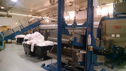 MILNOR CONTINUOUS BATCH WASHER SYSTEMS MAKES WASHING LARGE-SCALE COMMERCIAL LAUNDRY LOADS EFFICIENT